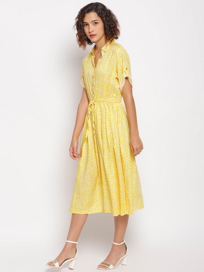 Yellow-Ditsy-Floral-Printed-Fit-and-Flare-Dress 3